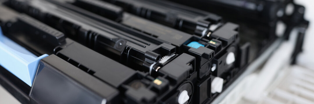 Toner cartridges for laser color printers and mfp