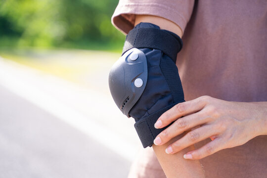 elbow pads for safety when play skateboard