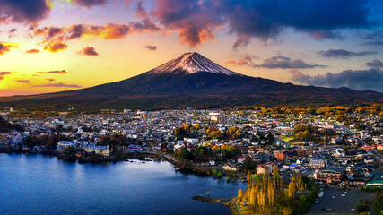 Fuji mountain and Kawaguchiko lake at sunset, Autumn seasons Fuji mountain at yamanachi in Japan.