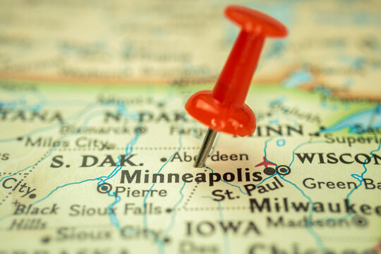 Location Minneapolis state, map with red push pin pointing close-up, USA, United States of America