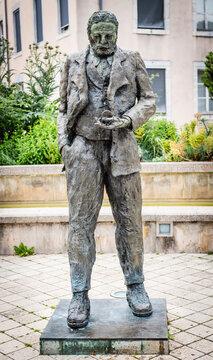 Statue de Victor Hugo, Besançon, France