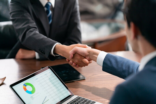 ビジネス・握手