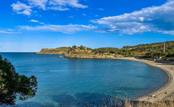 mediterranean bay with sand beach - Nature reserve Paulille, Cote Vermeille, Roussillon, Pyrenees Orientales, France