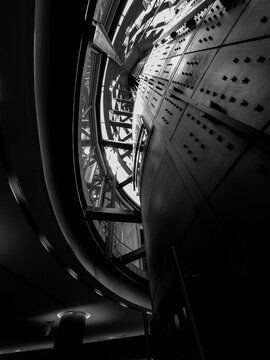 black and white industry, arquitectura blanco y negro