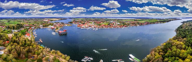Fototapeta Mikołajki-miasto na Mazurach w północno-wschodniej Polsce obraz