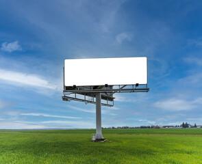 Obraz Duży pusty billboard ustawiony przy drodze w polu - fototapety do salonu