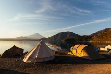 Fototapeta Camping scenery Motosu ko obraz
