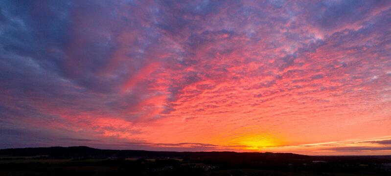 Sonnenuntergang über dem Benähter Berg, Ronnenberg