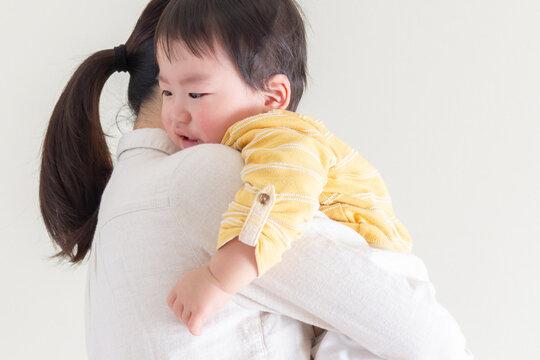 泣く・子供・育児・子育て
