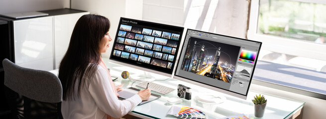 Obraz Professional Graphic Designer Woman Working - fototapety do salonu