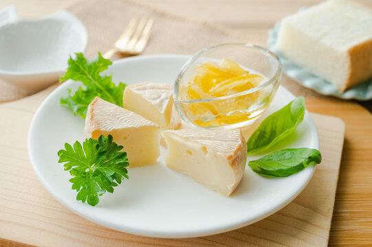 燻製のカマンベールチーズ