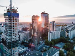 Obraz Warszawa - Zachód słońca w centrum miasta - fototapety do salonu
