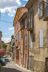 vieille rue de la ville de Nyons
