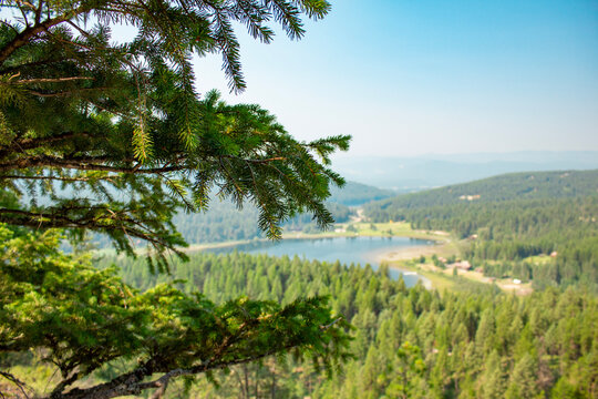Lion Mountain Trail in Whitefish Montana, Lookout point, landscape, lake and trees