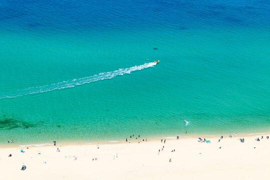 강릉 경포대해변과 해안선 풍경(에메랄드빛 바다)