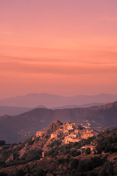Evening sunshine on Speloncato in Corsica