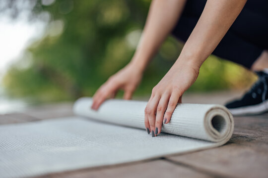 Picture of a quality yoga mat.