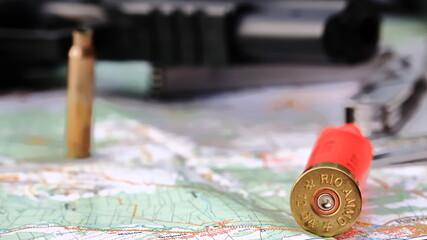 Fototapeta łuska naboju, pistole, mapa, cartridge, map, gun, bullet obraz