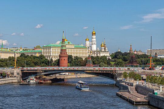 View of the Kremlin and repairs on the Bolshoy Kamenny Bridge