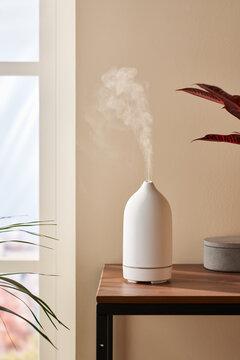 Wireless aroma diffuser.