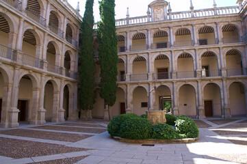 budynek architektura alcala de henares antyczny zabytek
