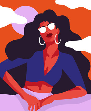 Selbstbewusste Frau mit Sonnenbrille