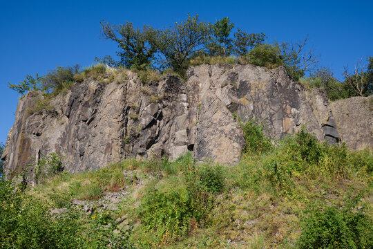 Stenzelberg, im Siebengebirge. Steinbruch für umliegende Gebäude. Nr.3