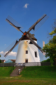 Windmühle am Neusiedler See | Burgenland