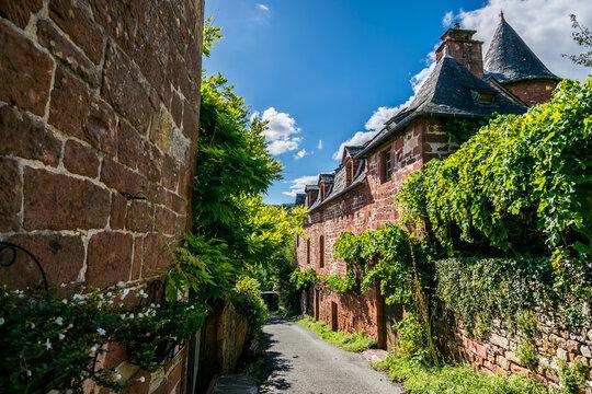 Collonge-la-Rouge, beau village de France en Corrèze.