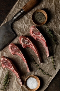 Lamb chops with clever