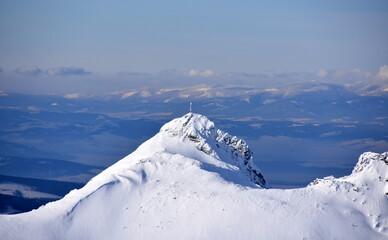zima, Giewont, Tatry Zachodnie, Tatrzański Park Narodowy, góry,  śnieg, zagrożenie lawinowe,