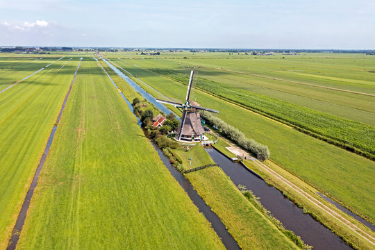 Aerial from one of four windmills of the Viermolengang near Aarlanderveen in the Netherlands