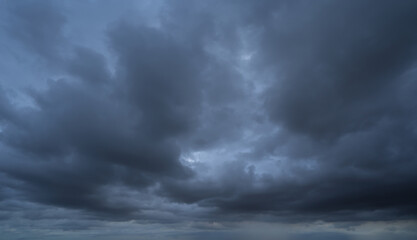 Obraz Dramatic dark clouds sky with thunder storm and rain. Abstract nature landscape background. - fototapety do salonu