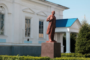 Obraz Monument to Taras Shevchenko in Korets, Rivne region, Ukraine. August 2021 - fototapety do salonu