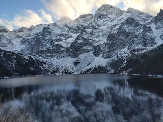 lake in the morning