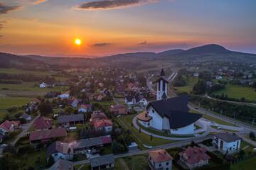 Fototapeta Ptaszkowa, zachód słońca, sądecczyzna obraz