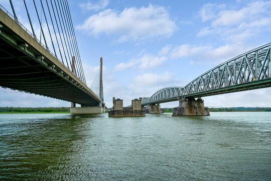 The Martinus Nijhoff Bridge and Railway Bridge at Zaltbommel, Gelderland Province, The Netherlands