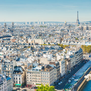 Paris cityscape with Eilffel tower and city view