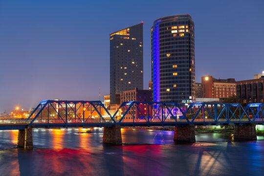 Grand Rapids, Michigan, USA downtown skyline on the Grand River