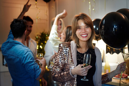 Portrait of woman on the party