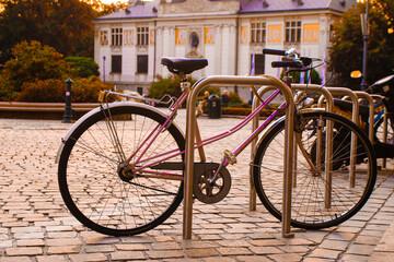 Fototapeta Rower w mieście. Ekologiczny styl życia obraz