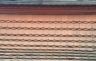 Fototapeta Dachówki na dachu starego kościoła obraz