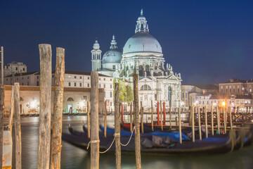Fototapeta Gondole na kanale w Wenecji obraz