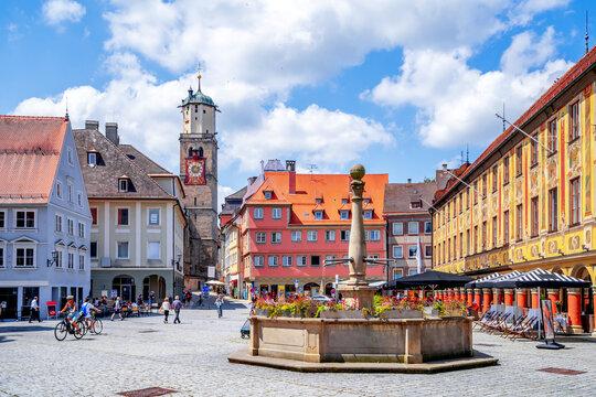 Sankt Martin Kirche und Marktplatz, Memmingen, Bayern, Deutschland