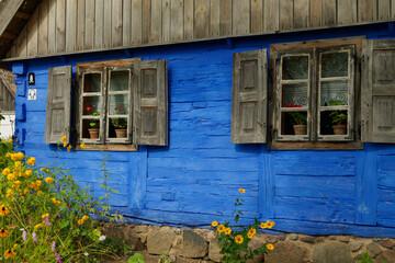 Fototapeta Niebieski drewniany dom obraz