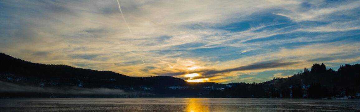 Panorama Sonnenuntergang am Titisee