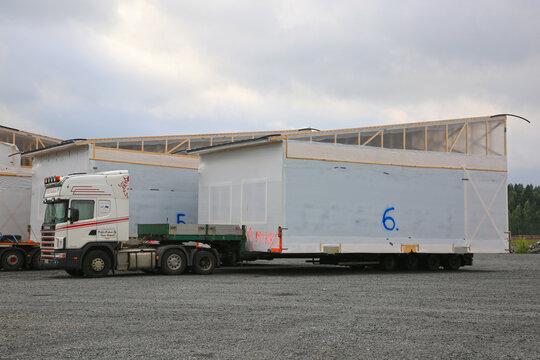 Scania 164L Semi Trailer Oversize Load