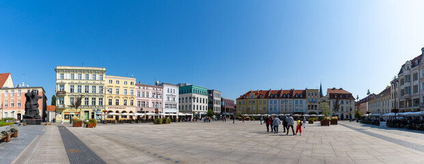 Fototapeta panorama view of the historic Stary Rynek city square in the old town of Bygdoszcz obraz