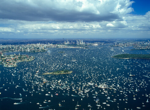 Australia Bicentenary Sydney harbour 26th January 1988 the  largest group of boats ever seen on Sydney harbour.