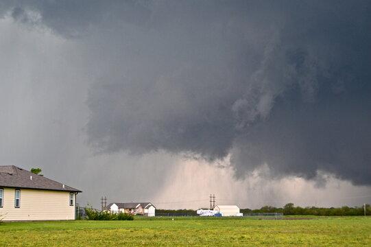 Developing tornado in Kansas